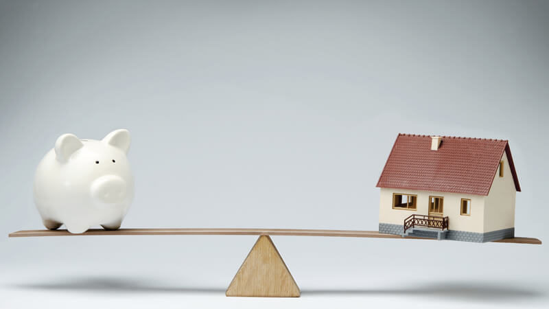 The Benefits and Risks of a Second Mortgage