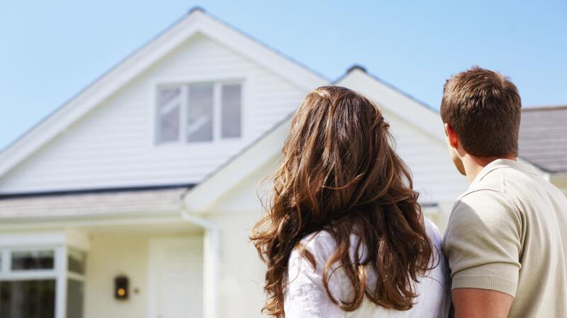 Bankruptcy Basics: Should I Reaffirm My Mortgage?