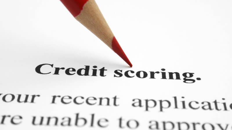how long does a bankruptcy stay on a credit report